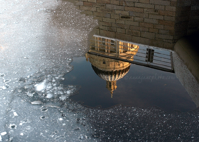 Icy Port of Liverpool - 20100106-port-of-liverpool-building-ice-reflection.jpg - Anna Nielsson
