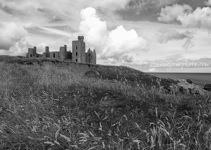 20120825-slains-castle-bw.jpg
