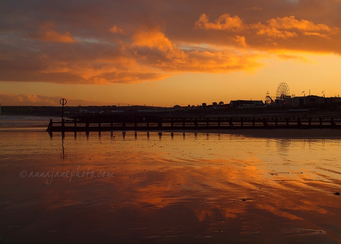 Beach Reflections - 20121210-aberdeen-beach-reflections.jpg - Anna Nielsson