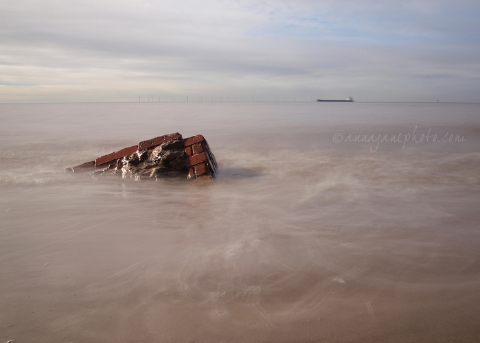Submersion - 20130216-burbo-bank-long-exposure.jpg - Anna Nielsson