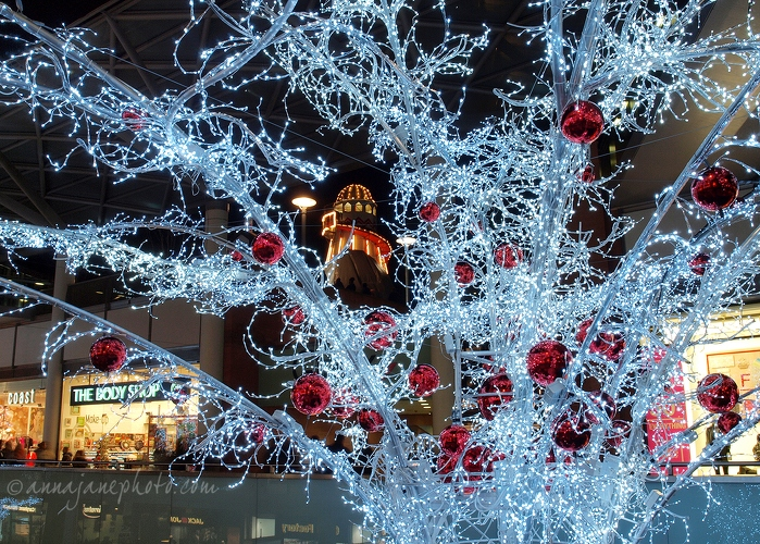 20131207-liverpool-one-light-tree.jpg
