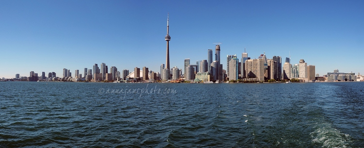Toronto Waterfront Panorama - 20140924 Toronto Skyline from Ferry Panorama 2500px.jpg - Anna Nielsson
