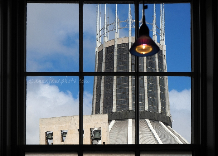 Cathedral from Liverpool Medical Institution - 20160831-liverpool-catholic-cathedral.jpg - Anna Nielsson