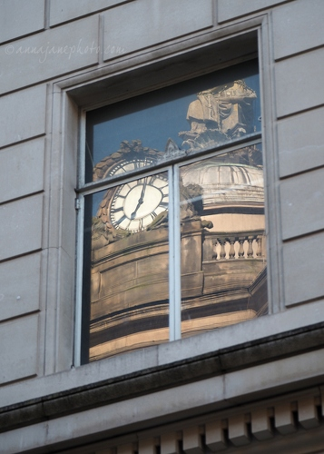 20200501-liverpool-town-hall-reflection.JPG