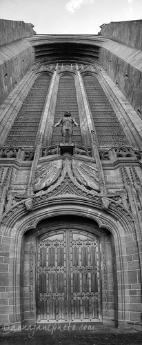 Liverpool Cathedral Entrance - 20140216-liverpool-cathedral-entrance.jpg - Anna Nielsson