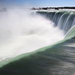 Top of Horseshoe Falls - Anna Nielsson
