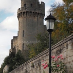 Warwick Castle & Roses - Anna Nielsson