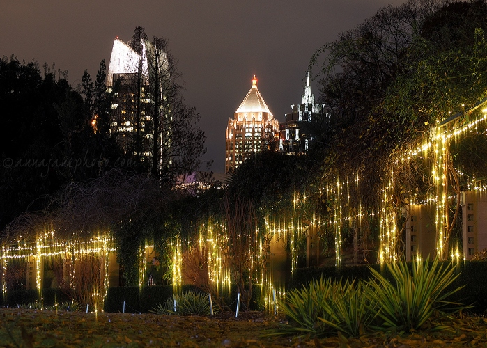 Skyscrapers and Lights - 20161227-atlanta-skyscrapers-and-lights.jpg - Anna Nielsson